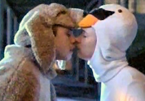 File:KissingLikeAnimals.jpg