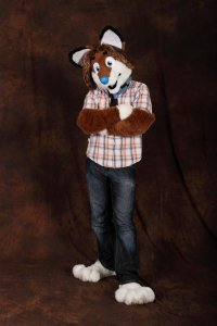 File:Equium fursuit cf2010.jpg