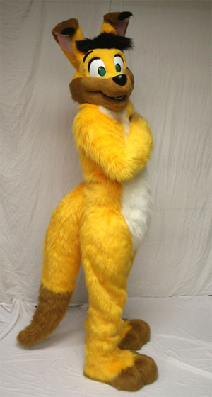 File:Jaggers pawtucket fursuit.jpg