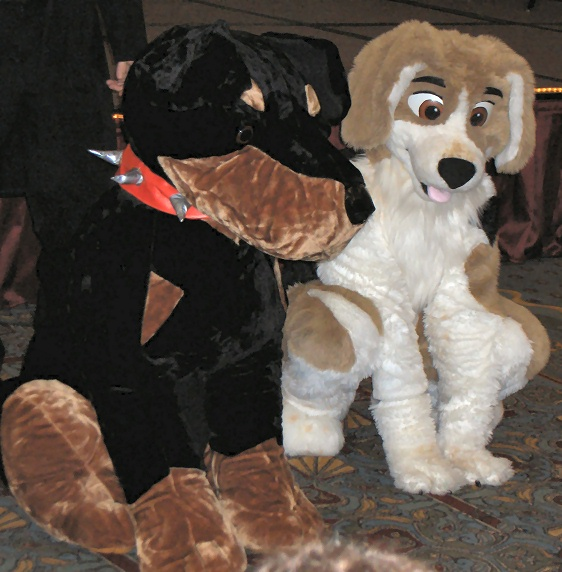 File:GR MFF2005 dog for sale.jpg