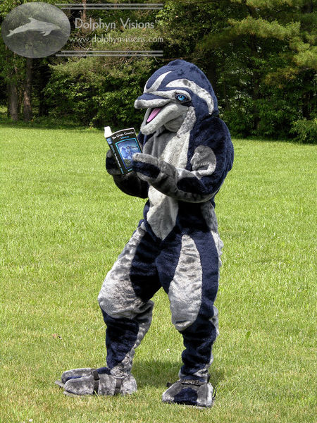 File:Mineau The Dolphin Fursuit 2011.jpg