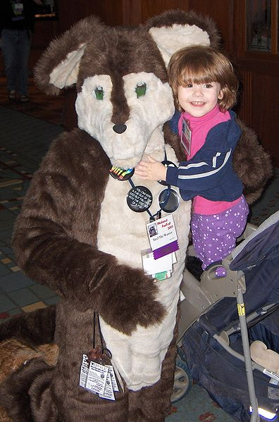 File:GR MFF2005 young fur hugs.jpg
