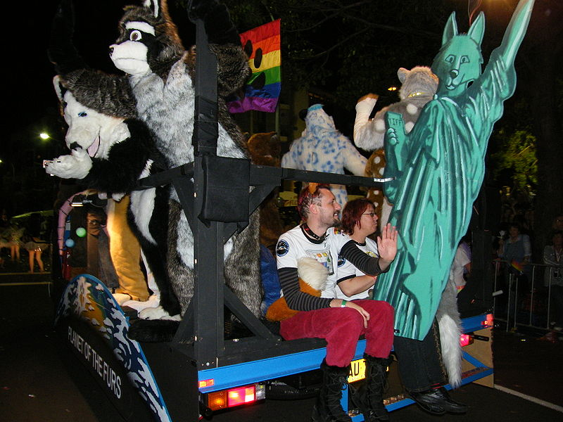 File:Furries MardiGras 08.jpg