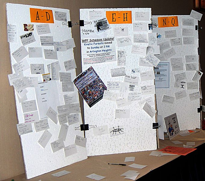File:GR MFF2006 message board.jpg
