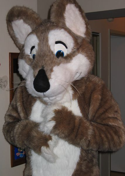 File:Fursuit Rattie.JPG