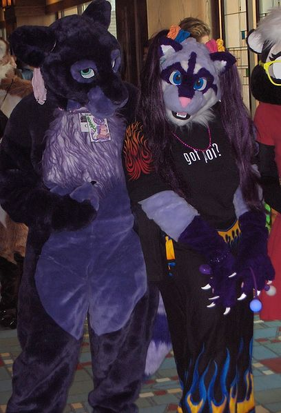 File:GR MFF2005 purple people.jpg