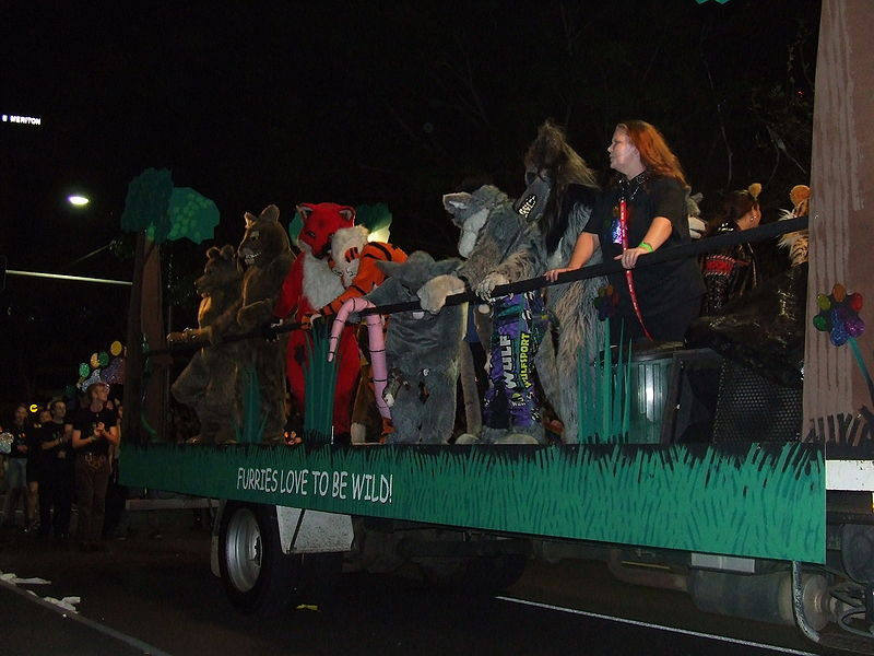 File:Furries MardiGras 07.jpg